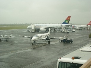 African_Review_Maputo_Airport